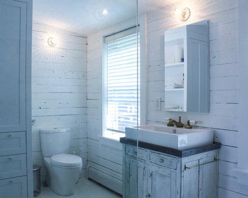 Badezimmer mit gebeiztem holzboden und offener dusche for Badezimmer jasper
