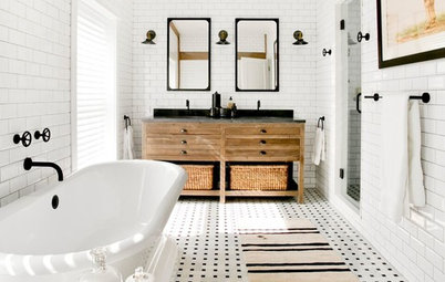 Your Essential Guide to a Farmhouse-Style Bathroom