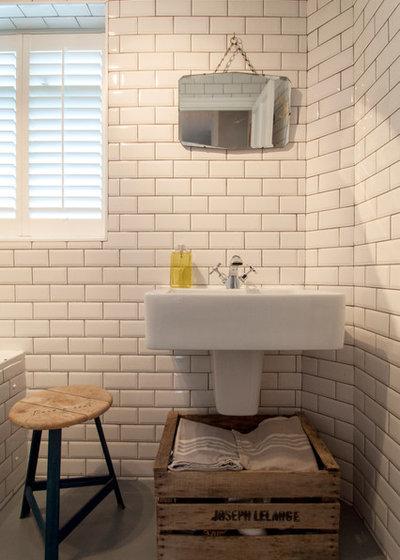 Eclectic Bathroom by Amelia Hallsworth Photography