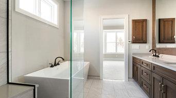 North Oaks - Transitional Main Floor Remodel