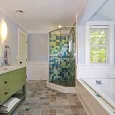Traditional Bathroom by Pamela Glazer Architect
