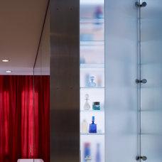 Modern Bathroom by Thomas Shafer Architects LLC