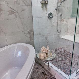 На фото: с высоким бюджетом огромные главные ванные комнаты в современном стиле с плоскими фасадами, темными деревянными фасадами, отдельно стоящей ванной, душем в нише, белой плиткой, мраморной плиткой, белыми стенами, полом из мозаичной плитки, врезной раковиной, столешницей из гранита, коричневым полом, душем с распашными дверями и фиолетовой столешницей