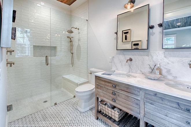 Farmhouse Bathroom by Florida Fine Properties