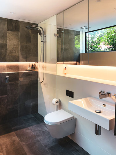 Contemporary Bathroom by Pettet Architects