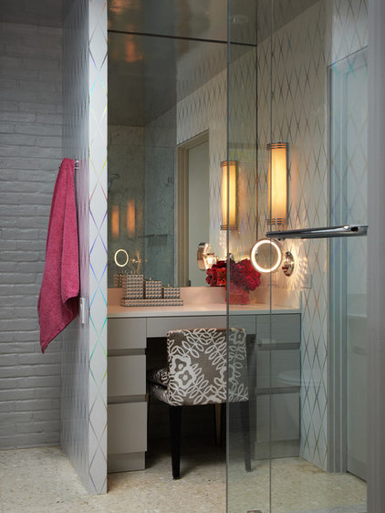 Midcentury Bathroom by Bauhaus Custom Homes