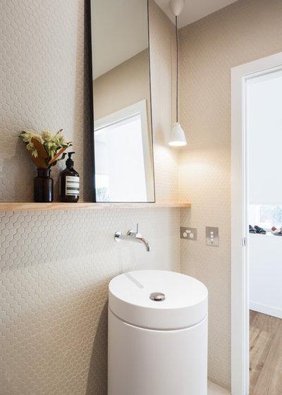Современный Ванная комната by Studio Quarters