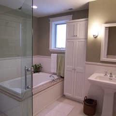traditional bathroom by Thomas Patrick Walls Company