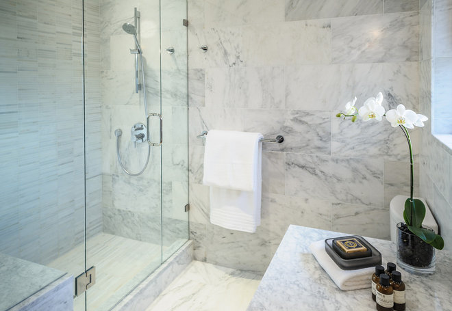 Contemporary Bathroom by Claudia Leccacorvi