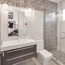 Contemporary Bathroom by Boswell Construction