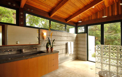Should You Use Wood in the Bathroom? Absolutely!