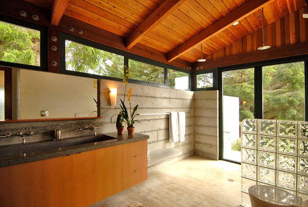Contemporary Bathroom by Erickson Zebroski Design Group, Inc.