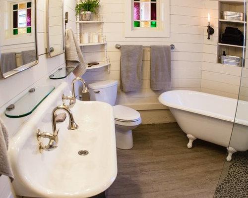 Foto e Idee per Bagni - bagno in campagna con piastrelle di ciottoli