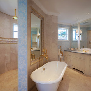 Inspiration for a timeless bathroom remodel in Miami