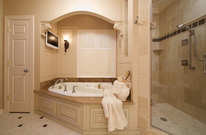 Traditional Bathroom by Meredith Ericksen