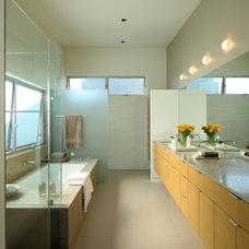 Contemporary Bathroom by KKC Fine Homes