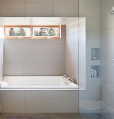 modern bathroom by Coates Design Architects Seattle