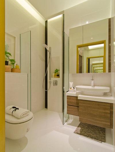 Contemporary Bathroom by R interior Design