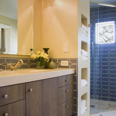 eclectic bathroom by R.D. Sherrill, Inc