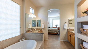 Oro Valley - Complete Master Bath Remodel and New Floors throughout.