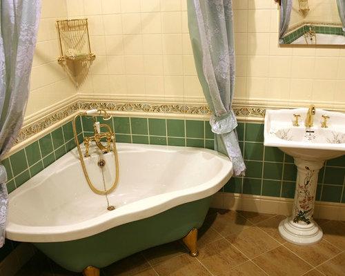 Salle de bain avec une baignoire sur pieds et un carrelage - Salle de bain avec baignoire sur pied ...
