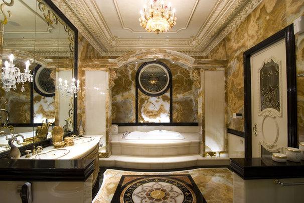 Traditional Bathroom by erwin hawawinata / Hawawinata N Associates