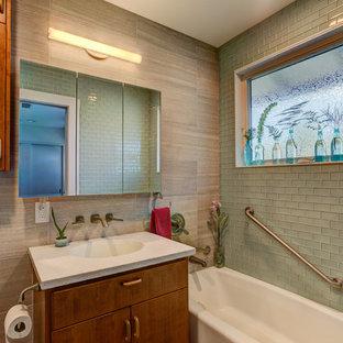 Romantic bathroom in Hawaii.