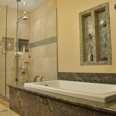Traditional Bathroom by Pen/Ra Construction