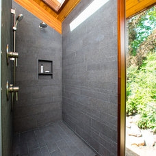 Contemporary Bathroom by Workshop11