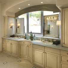 Bathroom by Ownby Design