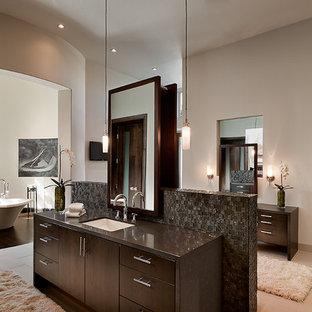 Trendy freestanding bathtub photo in Phoenix