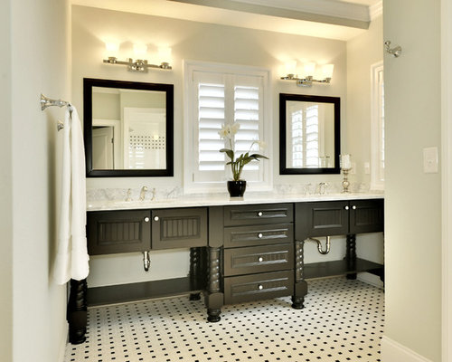 beach style bathroom design ideas remodels photos - Beach Style Bathroom