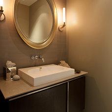 Modern Bathroom by Matarozzi Pelsinger Builders