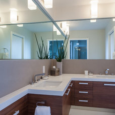 Contemporary Bathroom by JPM Construction