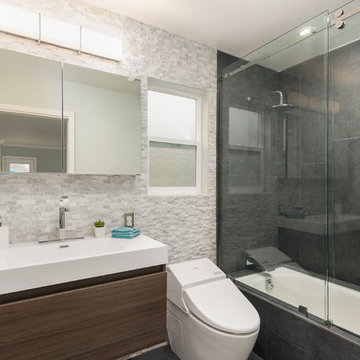 Pacifica - Modern Master Bathroom