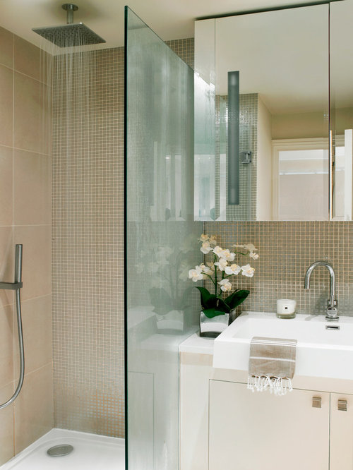 Glass bathroom tile houzz for Houzz com bathroom tile