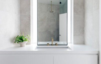Picture Perfect: 45 Ideas for Bathroom Mirror Style and Placement