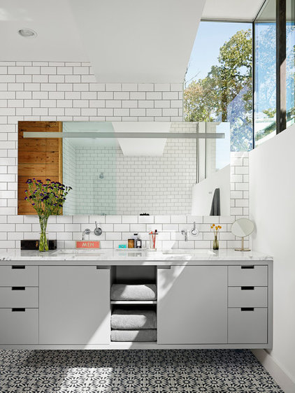 Contemporary Bathroom by Hugh Jefferson Randolph Architects