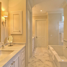 Traditional Bathroom by Ellis Construction Co., Inc.