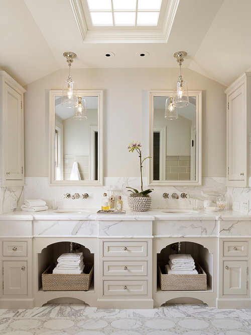 Best bathroom with beige cabinets design ideas remodel for Colonial style bathroom vanities