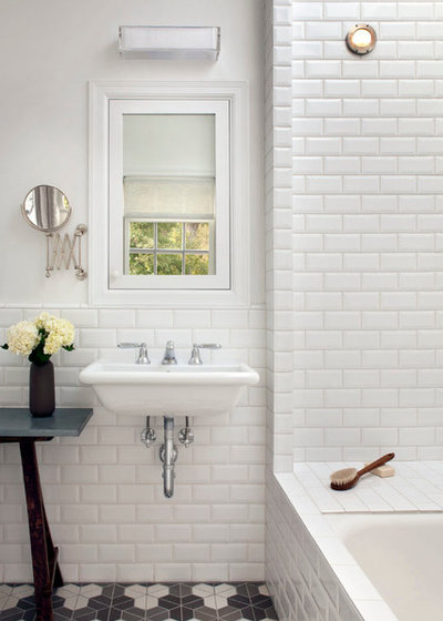 Transitional Bathroom by Mark Reilly Architecture
