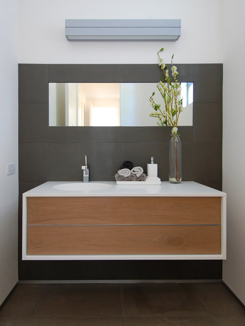 Vanity Lights Off Center : Off Center Sink Vanity Home Design Ideas, Renovations & Photos