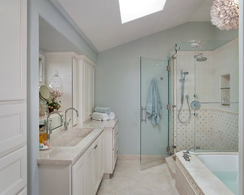 Small master bath home design ideas pictures remodel and for Small master bathroom designs