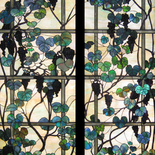 Panel#2962 / Grapevines and Trellis
