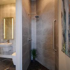 Contemporary Bathroom by Pillar Custom Homes, Inc.