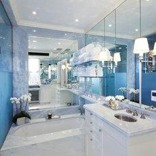 Contemporary Bathroom by pelloverton
