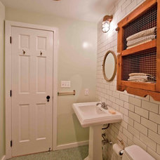 Traditional Bathroom by Grant Davis Thompson, INC.