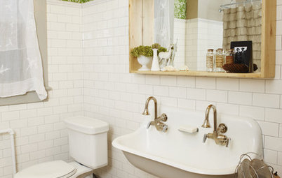 Small-Bathroom Secret: Free Up Space With a Wall-Mounted Sink