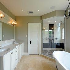 Craftsman Bathroom by Chuck Mills Residential Design & Development Inc.