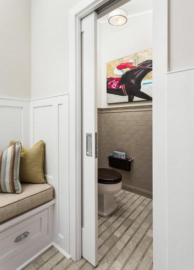 Современная классика Ванная комната by Robert Frank Interiors